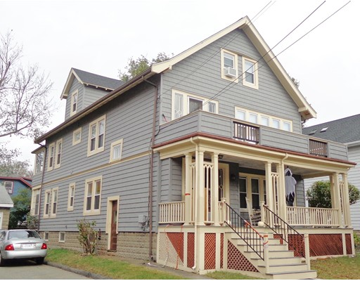 Casa Multifamiliar por un Venta en 32 Chester Road 32 Chester Road Belmont, Massachusetts 02478 Estados Unidos