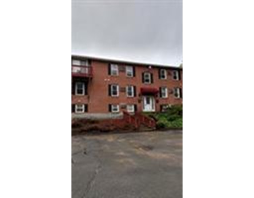 شقة بعمارة للـ Rent في 297 Ashland Ave #21 297 Ashland Ave #21 Southbridge, Massachusetts 01550 United States