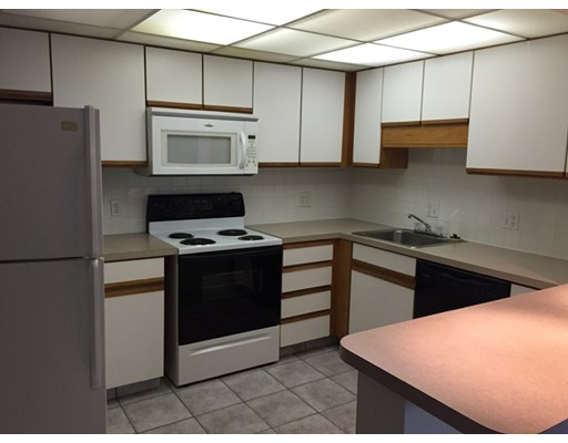 Additional photo for property listing at 106 Broad Street  Weymouth, Massachusetts 02188 Estados Unidos
