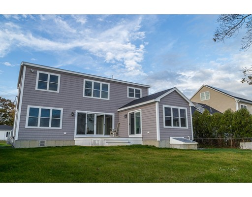 Single Family Home for Sale at 26 Gerard Avenue 26 Gerard Avenue Freetown, Massachusetts 02717 United States
