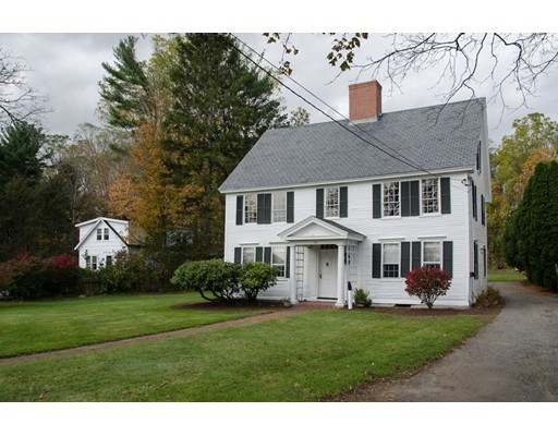 Single Family Home for Sale at 392 Main Street 392 Main Street Amesbury, Massachusetts 01913 United States