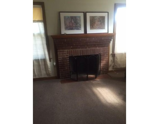 Additional photo for property listing at 69 Chapman Street  Quincy, Massachusetts 02170 Estados Unidos