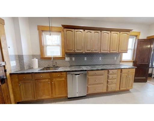 واحد منزل الأسرة للـ Rent في 45 Emerald Street 45 Emerald Street Medford, Massachusetts 02155 United States
