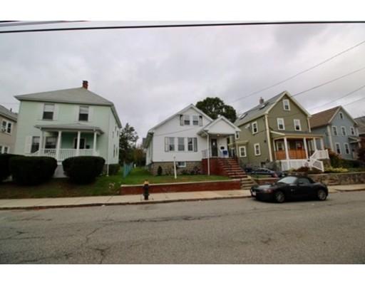 Частный односемейный дом для того Аренда на 23 Leniston St #1 23 Leniston St #1 Boston, Массачусетс 02131 Соединенные Штаты