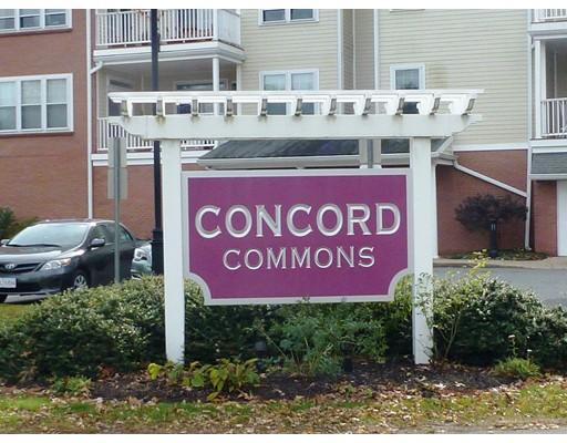 Кондоминиум для того Продажа на 95 CONANT STREET 95 CONANT STREET Concord, Массачусетс 01742 Соединенные Штаты
