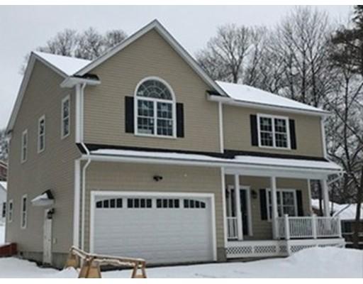 Maison unifamiliale pour l Vente à 1 Bradford Street 1 Bradford Street Waltham, Massachusetts 02451 États-Unis