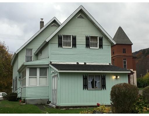 Maison unifamiliale pour l Vente à 3 Depot Street 3 Depot Street Monroe, Massachusetts 01350 États-Unis