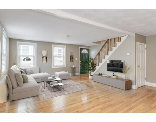 Additional photo for property listing at 8 Short Street  Boston, Massachusetts 02129 Estados Unidos