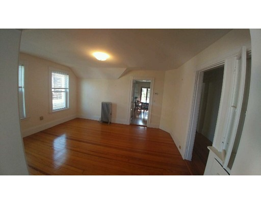 Additional photo for property listing at 51 Main  Somerville, Massachusetts 02145 Estados Unidos