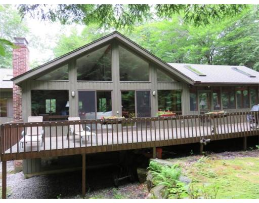 Single Family Home for Sale at 383 Deer Run 383 Deer Run Sandisfield, Massachusetts 01255 United States