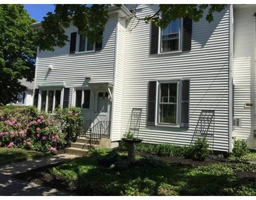 Casa unifamiliar adosada (Townhouse) por un Alquiler en 231 Presidents Ln #1 231 Presidents Ln #1 Quincy, Massachusetts 02169 Estados Unidos
