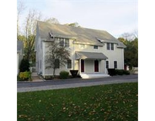 Single Family Home for Sale at 809 Boston Post Road 809 Boston Post Road Weston, Massachusetts 02493 United States
