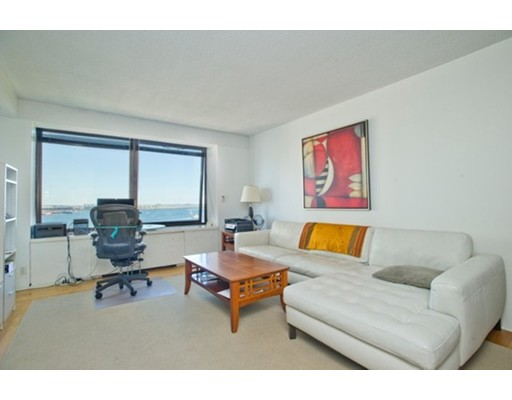 Additional photo for property listing at 65 E India Row  Boston, Massachusetts 02110 United States