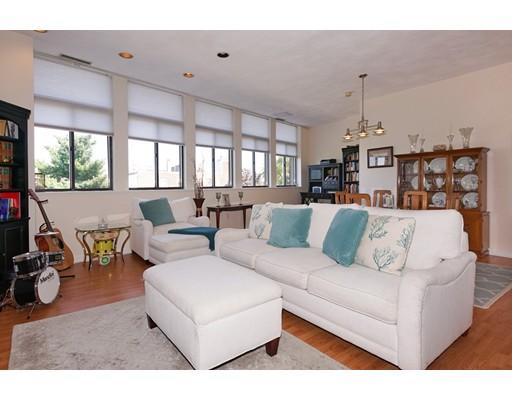 Additional photo for property listing at 99 Gove Street #13 99 Gove Street #13 Boston, Massachusetts 02128 United States