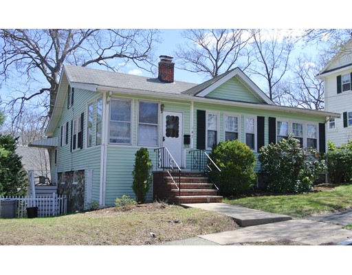 Single Family Home for Rent at 147 Ashland Street Melrose, Massachusetts 02176 United States