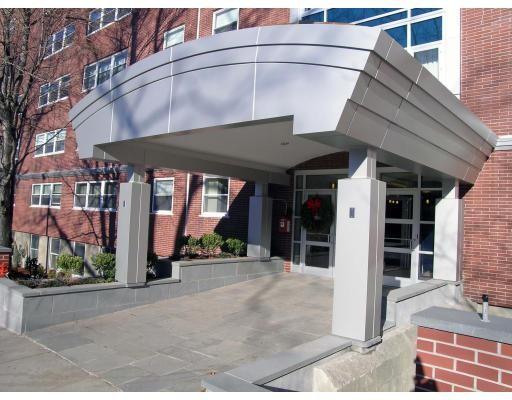 شقة بعمارة للـ Rent في 1600 Beacon St #1006 1600 Beacon St #1006 Brookline, Massachusetts 02445 United States