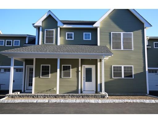 Appartement en copropriété pour l Vente à 205 Elm Street #11 205 Elm Street #11 Braintree, Massachusetts 02184 États-Unis