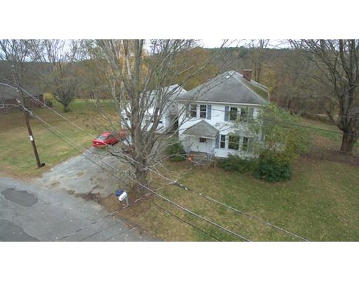 独户住宅 为 销售 在 99 Breakneck Road 99 Breakneck Road Southbridge, 马萨诸塞州 01550 美国