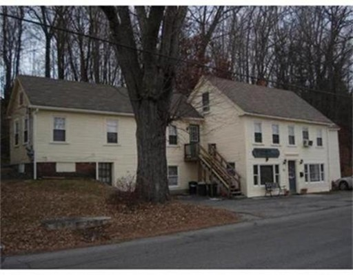 واحد منزل الأسرة للـ Rent في 12 Ayer Road 12 Ayer Road Shirley, Massachusetts 01464 United States
