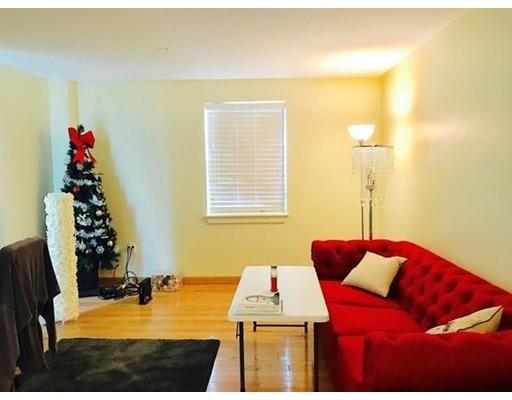Casa Unifamiliar por un Alquiler en 100 W Squantum Quincy, Massachusetts 02171 Estados Unidos
