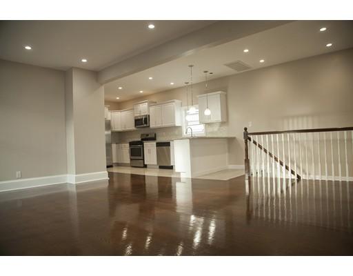 独户住宅 为 销售 在 34 Gage Avenue. 34 Gage Avenue. Revere, 马萨诸塞州 02151 美国