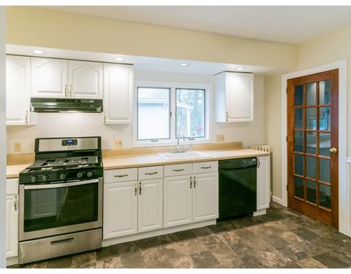 独户住宅 为 出租 在 62 Harvard Street Everett, 02149 美国