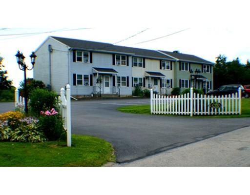Appartement en copropriété pour l Vente à 12 Fawn Ridge #12 12 Fawn Ridge #12 Woodstock, Connecticut 06281 États-Unis