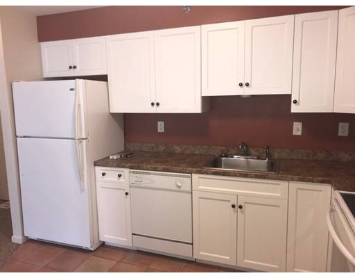 Appartement en copropriété pour l à louer à 249 Main Street #2-2 249 Main Street #2-2 Rutland, Massachusetts 01543 États-Unis