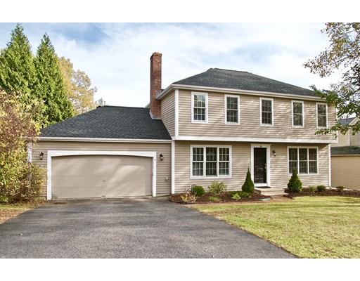 Maison unifamiliale pour l Vente à 16 Thestland Drive 16 Thestland Drive Shrewsbury, Massachusetts 01545 États-Unis