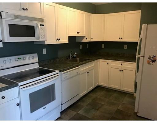 Appartement en copropriété pour l à louer à 249 Main Street #2-3 249 Main Street #2-3 Rutland, Massachusetts 01543 États-Unis