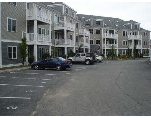 Condominium for Sale at 30 Taylor Drive Reading, 01867 United States
