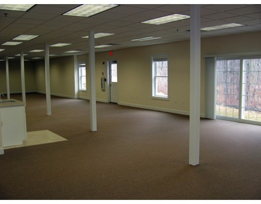 Commercial للـ Rent في 45 Lyman Street 45 Lyman Street Westborough, Massachusetts 01581 United States