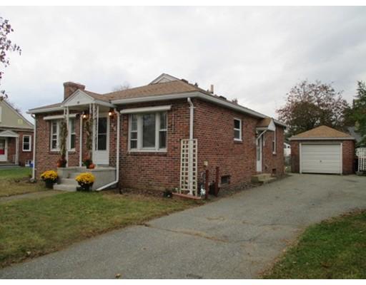 Maison unifamiliale pour l Vente à 66 Norris Street 66 Norris Street Agawam, Massachusetts 01030 États-Unis