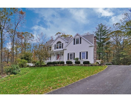 Maison unifamiliale pour l Vente à 46 MILL POND CIRCLE 46 MILL POND CIRCLE Milford, Massachusetts 01757 États-Unis