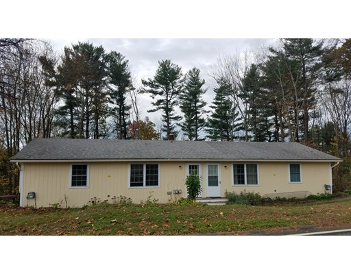 Casa Multifamiliar por un Venta en 41 S Silver Lane 41 S Silver Lane Sunderland, Massachusetts 01375 Estados Unidos