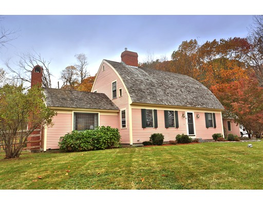Casa Unifamiliar por un Venta en 6 Little Pond Road 6 Little Pond Road Merrimac, Massachusetts 01860 Estados Unidos