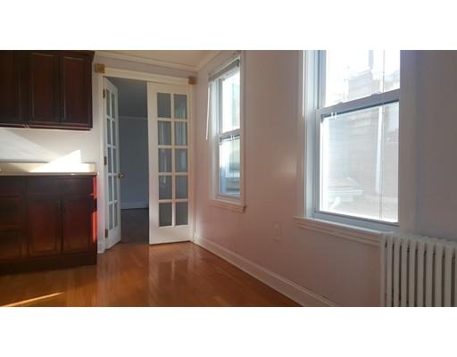 独户住宅 为 出租 在 15 Mercer Street 波士顿, 马萨诸塞州 02127 美国