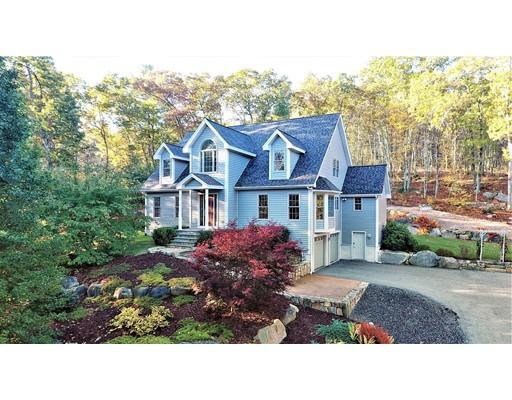 Casa Unifamiliar por un Venta en 160 Wolfe Hill Road 160 Wolfe Hill Road Northbridge, Massachusetts 01534 Estados Unidos