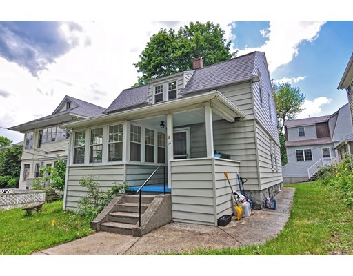 Casa Unifamiliar por un Alquiler en 14 Flagg Street #1 14 Flagg Street #1 Worcester, Massachusetts 01602 Estados Unidos