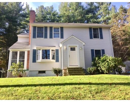 独户住宅 为 销售 在 589 Main Street 589 Main Street Leicester, 马萨诸塞州 01611 美国