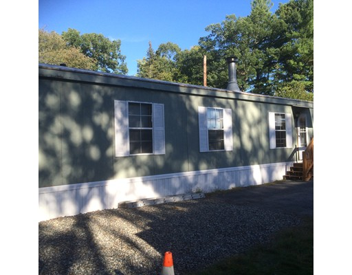 Single Family Home for Rent at 11 Pondview #0 11 Pondview #0 Northborough, Massachusetts 01532 United States