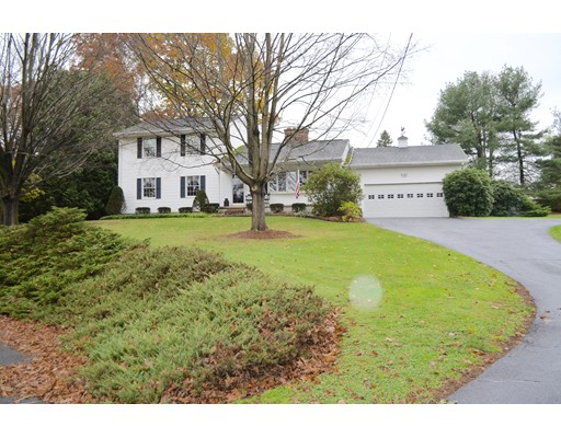 Single Family Home for Sale at 10 Frallo Drive 10 Frallo Drive Hadley, Massachusetts 01035 United States