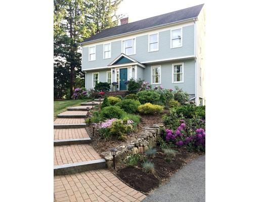 Maison unifamiliale pour l Vente à 10 Florio Drive 10 Florio Drive Concord, Massachusetts 01742 États-Unis