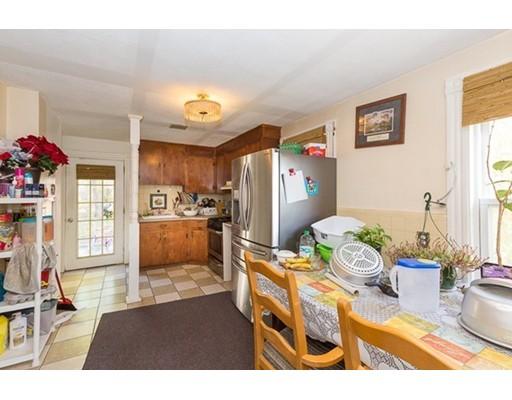 独户住宅 为 销售 在 26 Fremont Avenue Everett, 02149 美国