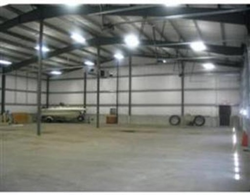 Commercial for Rent at 9 Wellington Road 9 Wellington Road Oxford, Massachusetts 01540 United States