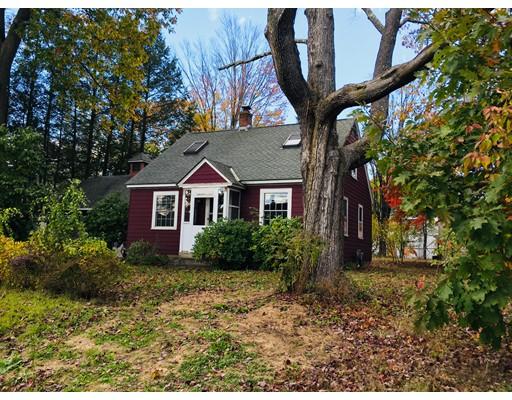 Single Family Home for Sale at 31 Cedar Street 31 Cedar Street Greenfield, Massachusetts 01301 United States