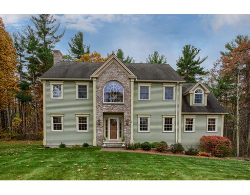 Single Family Home for Sale at 2 Windermere Drive 2 Windermere Drive Lunenburg, Massachusetts 01462 United States