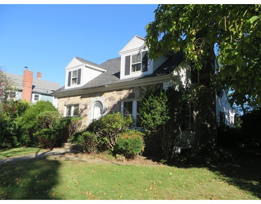 Single Family Home for Sale at 5 Ferrante Avenue 5 Ferrante Avenue Greenfield, Massachusetts 01301 United States