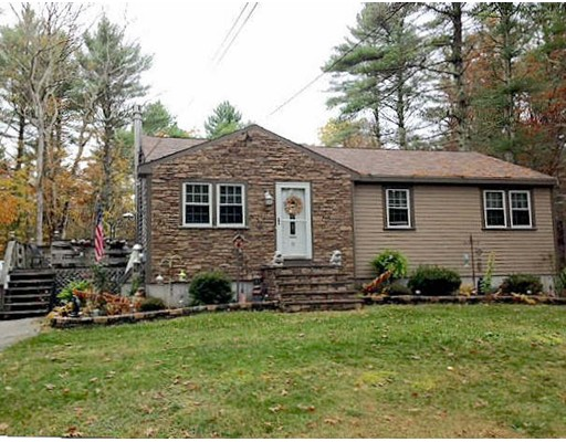 Single Family Home for Sale at 53 Woodhaven Street 53 Woodhaven Street Carver, Massachusetts 02330 United States