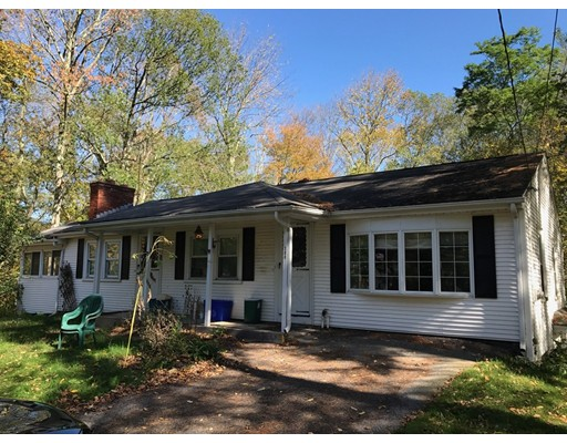 Single Family Home for Sale at 388 Chestnut Hill Road 388 Chestnut Hill Road Millville, Massachusetts 01529 United States